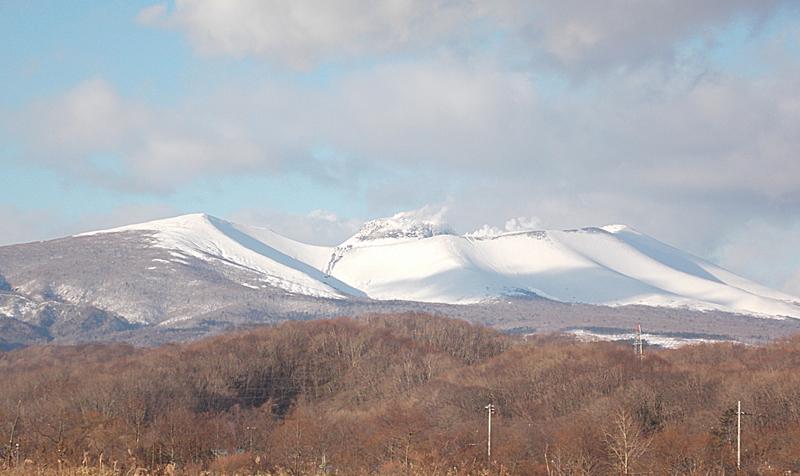 冬の樽前山。